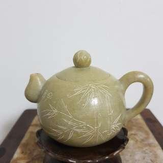 Teapot 寿山石壶