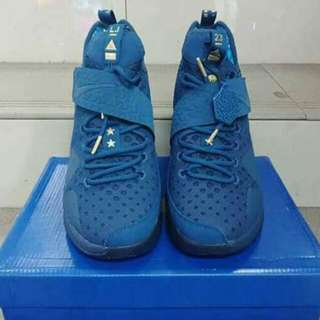 "OEM LEBRON JAMES ""AGIMAT"""