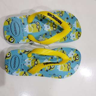 BN havaianas minion slipper