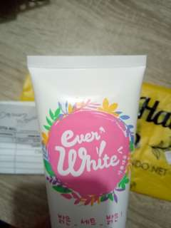 cream Ever white Brightening body cream
