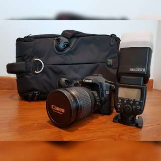 DSLR + Canon 40D + EFS 17-55mm f2.8 + Speedlite 580 EX II + Kit