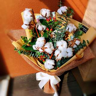 Cotton flower bouquet