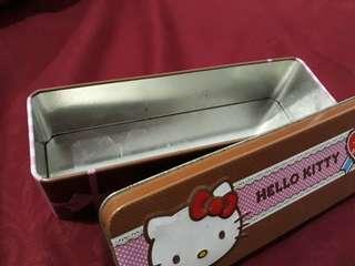 Kotak Hello Kitty