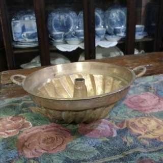 Acuan baulu tembaga (bunga) antik