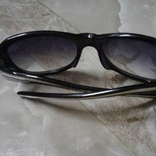 Kacamata jenama PRADA Made in italy