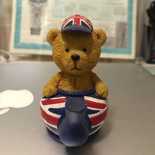 London bear figure 倫敦小熊擺設