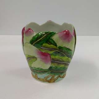 Special Artistic Porcelain Ornamental Vase Hand-painted with Colored Peach and Leave pattern