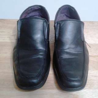 Cardams Leather Shoes (US9)