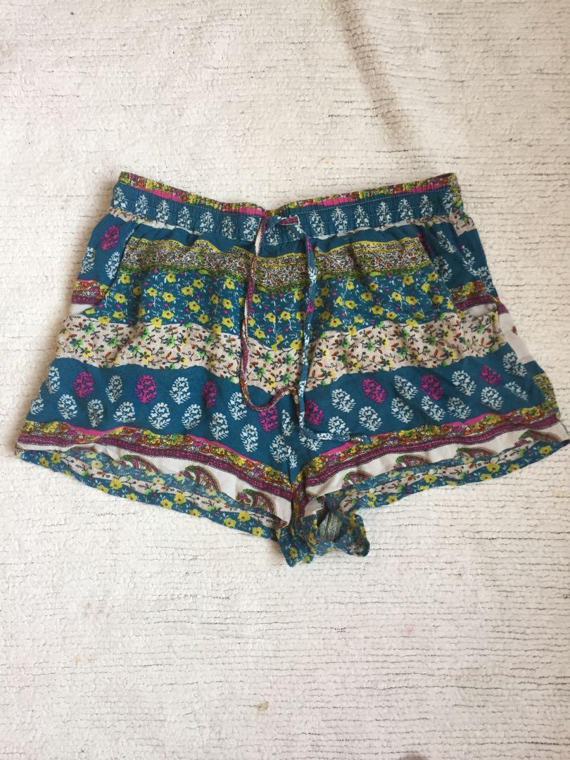 Adorable American eagle shorts