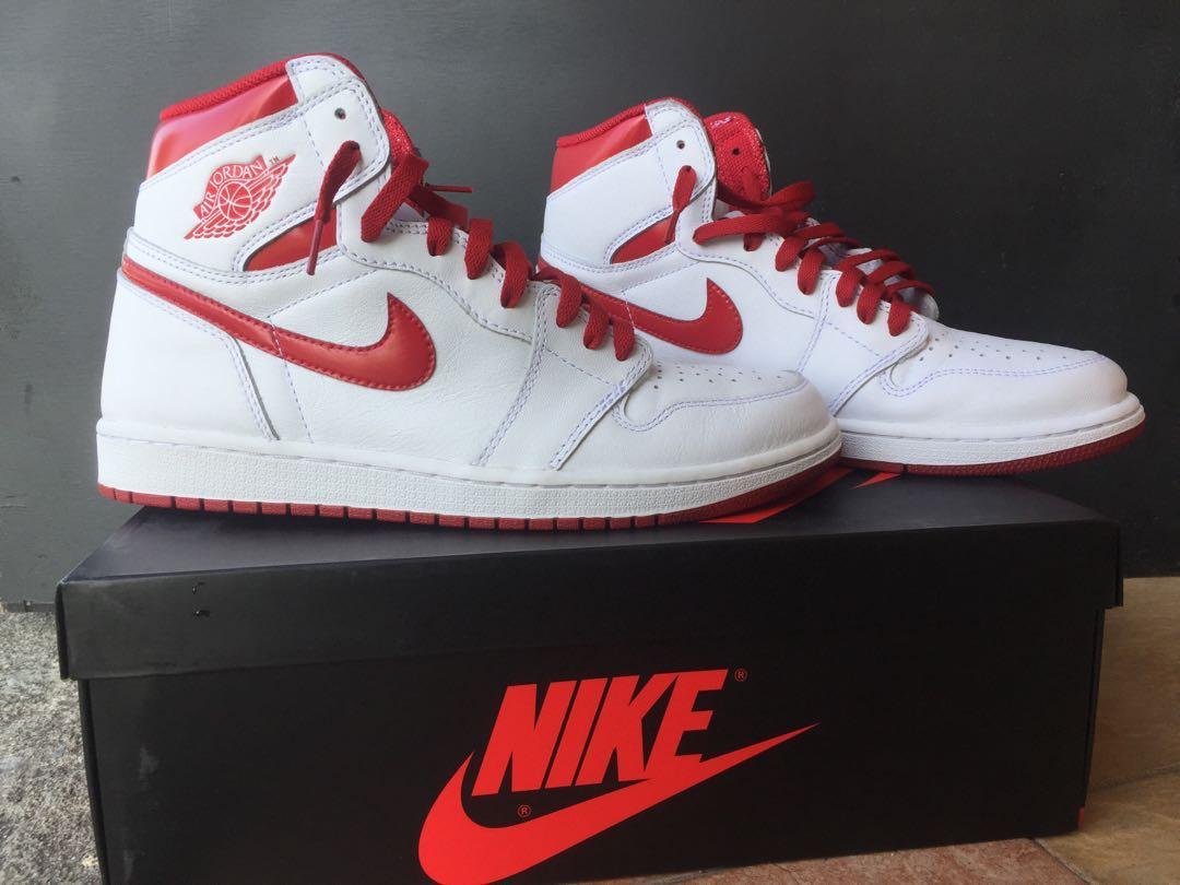 Air Jordan 1 Retro High OG University White   University Red 6852355c68