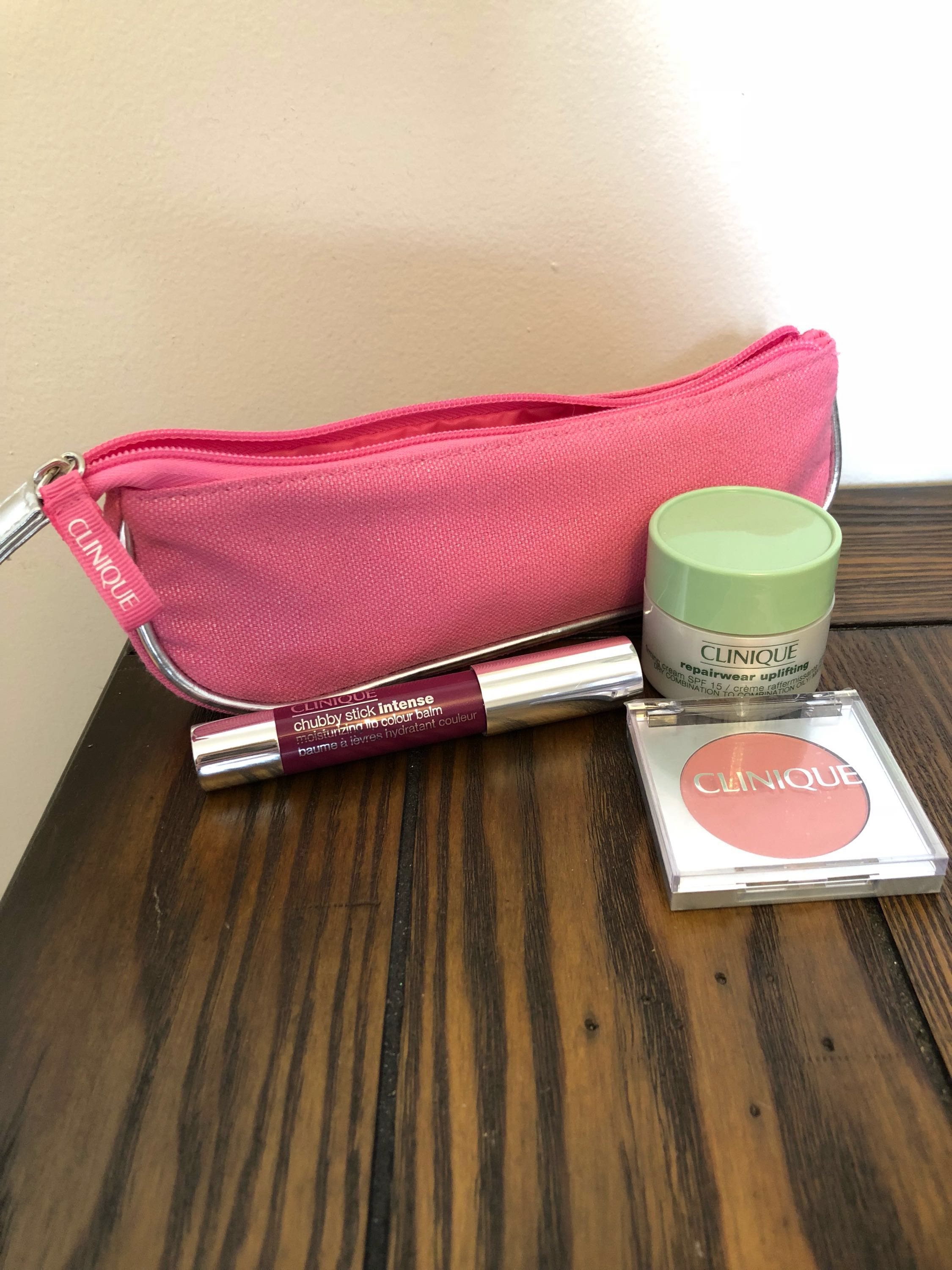 BN Clinique Gift set with Chubby Stick, Blush, etc.