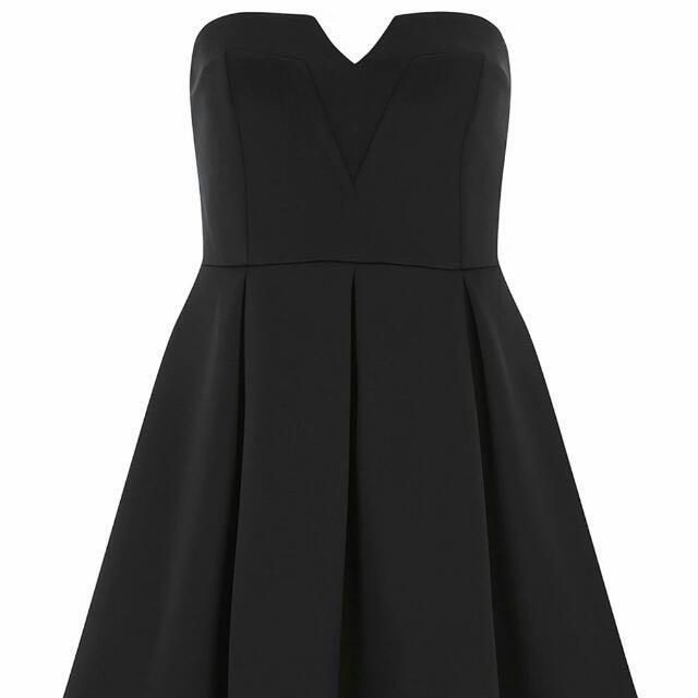 590122bde17b Dorothy Perkins Black Bandeau Prom Dress, Women's Fashion on Carousell