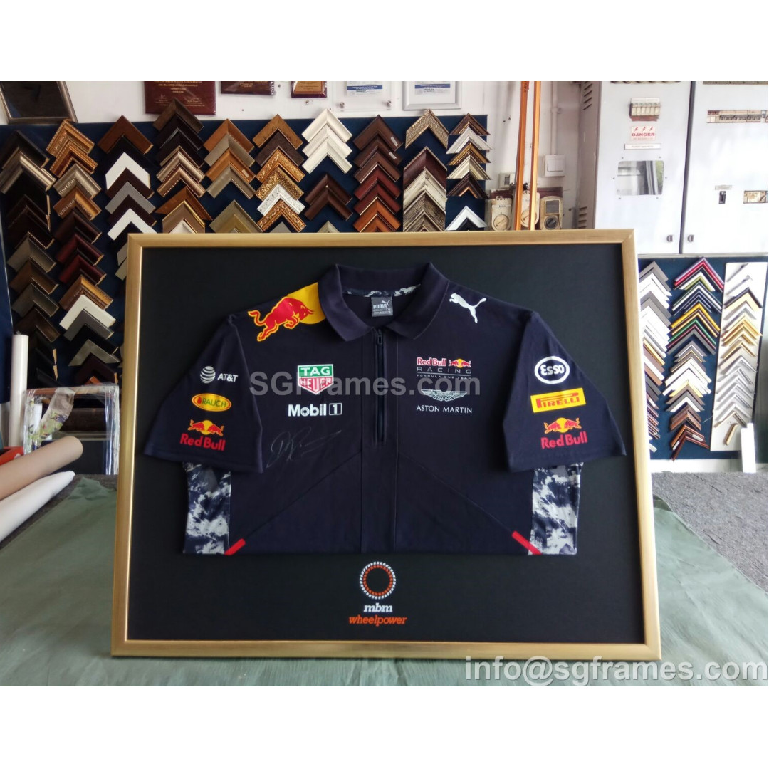 Football Jersey Framing - Whats your Favourite Team?⚽👕💪, Sports ...