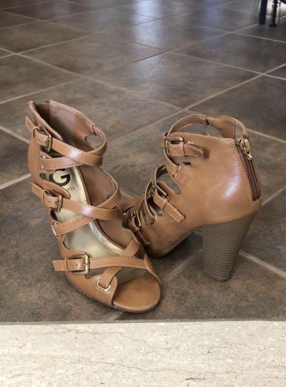 Guess criss-cross heels - Size 7.5