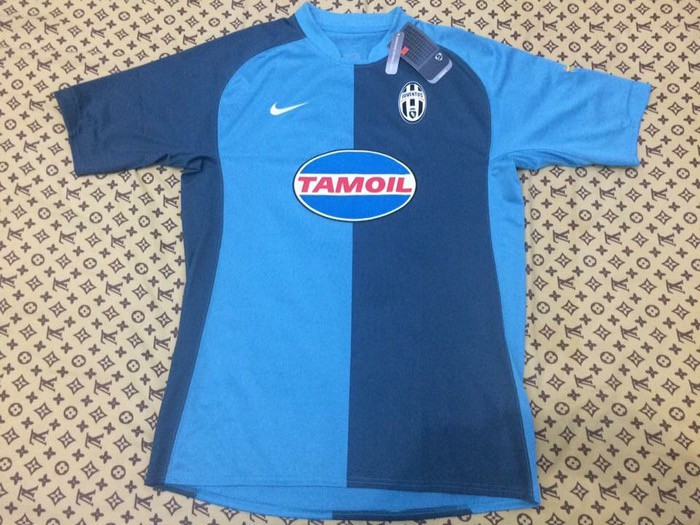competitive price a91cd aebbc Jersey Juventus GK 2006/2007, Men's Fashion, Men's Clothes ...