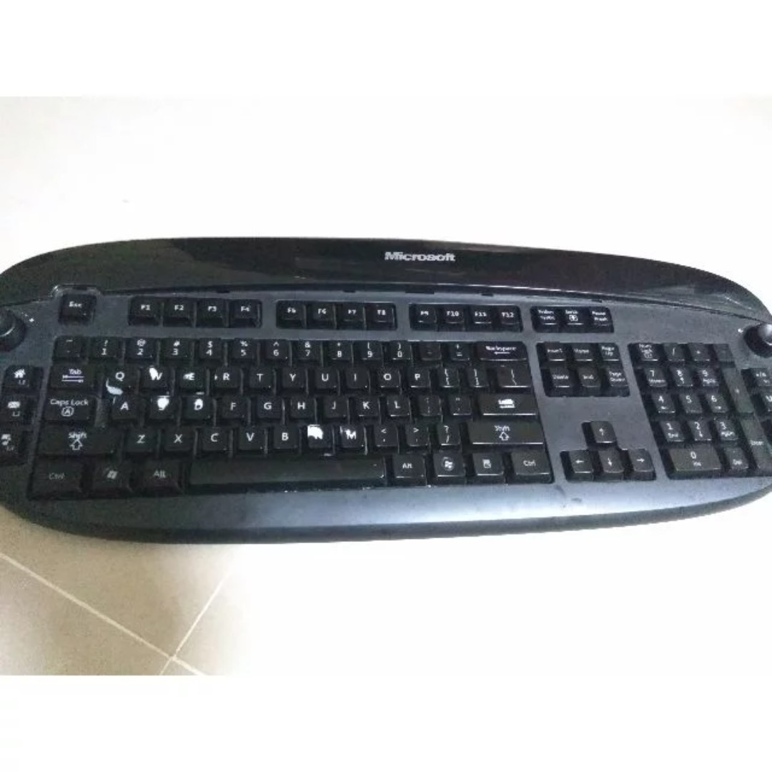 1f24854752a Microsoft Reclusa Gaming Keyboard backlighting- used-, Electronics,  Computers on Carousell