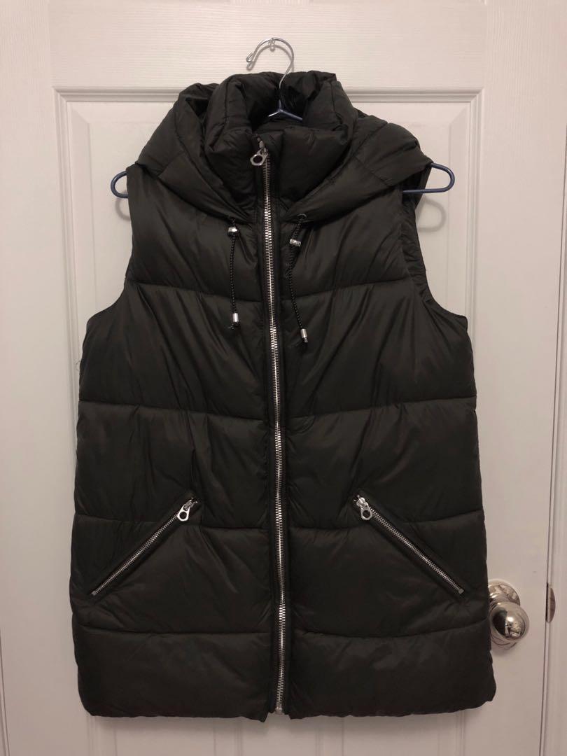 Olive green puffy vest - Zara - Size M