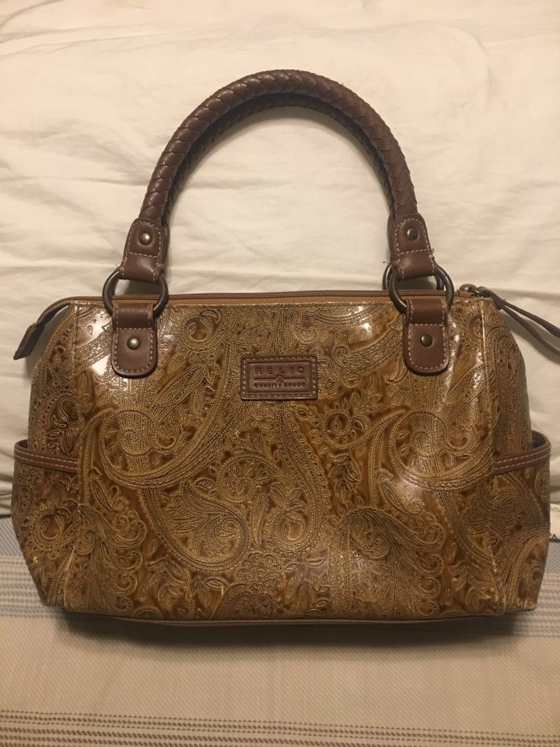 RELIC purse mint condition