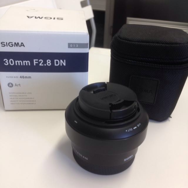 Sigma 30mm f2.8 DN Art Series lens
