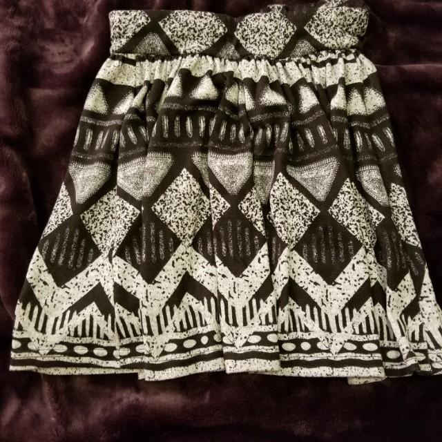 suzy skirt small