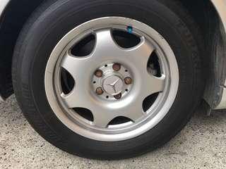 Benz. E200k.