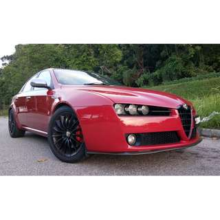 Sporty Alfa Romeo 159 2.2A for rent