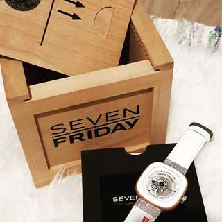 Seven Friday Watch limited edition