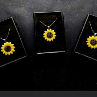 REPRICED! Sunflower Necklace