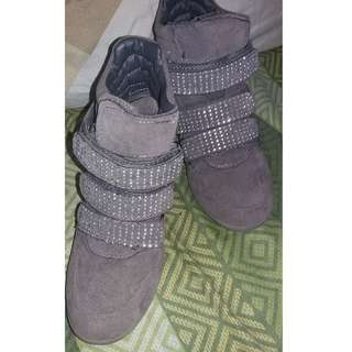 WEDGE BOOT SHOES
