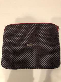 Polkadot tablet sleeve