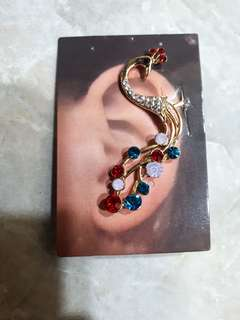 CATRIONA GRAY INSPIRED EAR CUFFS FOR ONLY 120 EACH!!!