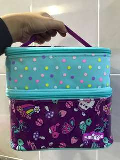 Smiggle double lunchbox