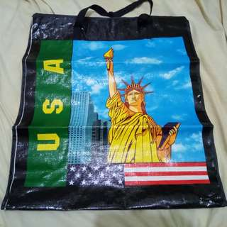 Huge canvas bag. This big sized bag is enough to put all your shopping items or use it to store up your clothing