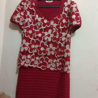 Dress merah bunga2