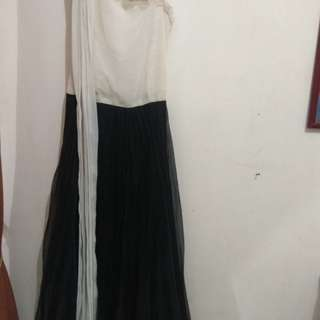 Longdress cream hitam rempel
