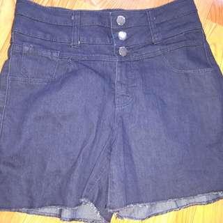 Higwaist shorts