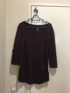 H&M maternity top maroon size S