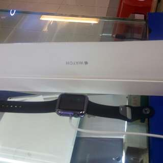 Kredit Apple Watch seri 2 42MM proses mudah.