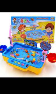 Clear Stock promo !! Instock fishing battery games brand new Family Bonding games