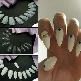 Stiletto fake nails