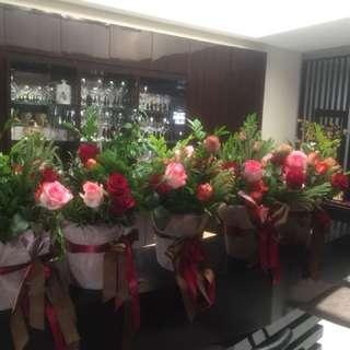 5 bucket of flowers