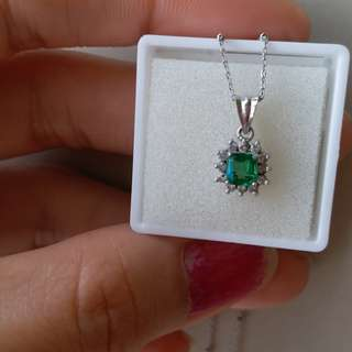 Real Emerald Necklace w/ diamonds 18k white gold setting