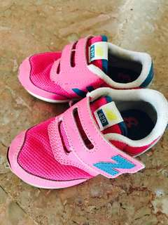 NB sneakers (kids)