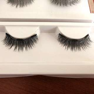 Magnetic lashes - Premium Wispy Falsies with 3 magnets