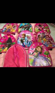 Instock kids birthday party goodies gift bag . Design- pj mask/avengers/spiderman/paw patrol/mc Queen/frozen/Sofia/Moana/Minnie/princess /trolls. this bag is durable u still can use after the event as casual bag. Bulk purchase pm me