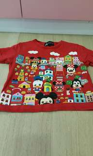 Pre-loved authentic disneyland cotton t shirt for age 4 and above. (Good condition)