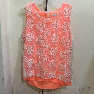 Cache caches orange floral top