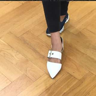 Original Staccato Pointy Flat Shoes