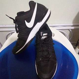 Authentic Nike 9.5 Vapor tour (black)