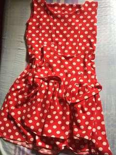 Twinning dress in polka dots